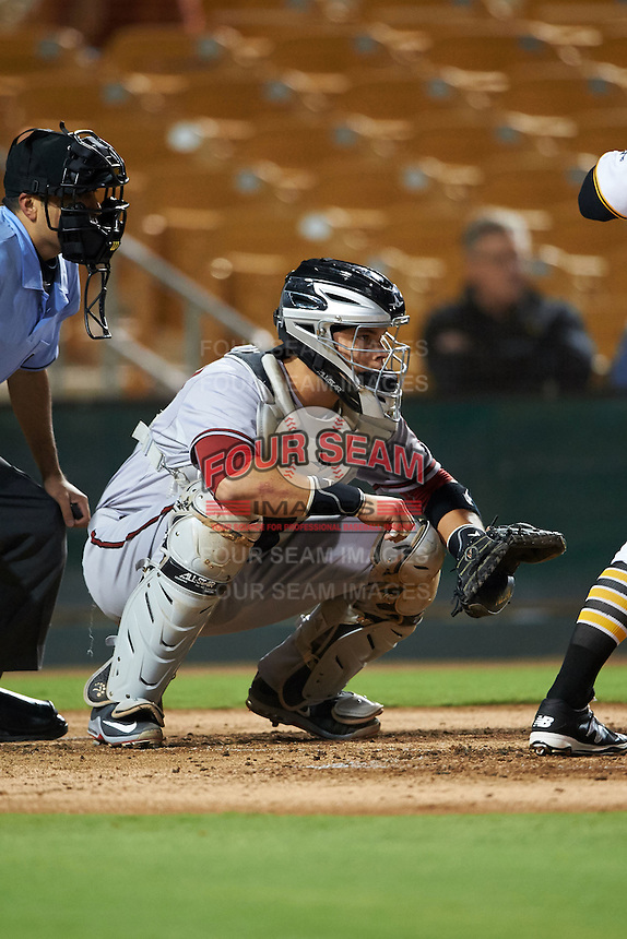 Salt River Rafters catcher Oscar Hernandez (25) during an Arizona Fall League game against the Glendale Desert Dogs on October 21, 2015 at Camelback Ranch in Glendale, Arizona.  Glendale defeated Salt River 1-0.  (Mike Janes/Four Seam Images)