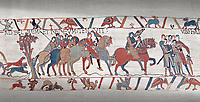 Bayeux Tapestry scene 8 : Guy de Ponthieu, holding falcon, escorts his prisoner, Harold, to Beaurain.