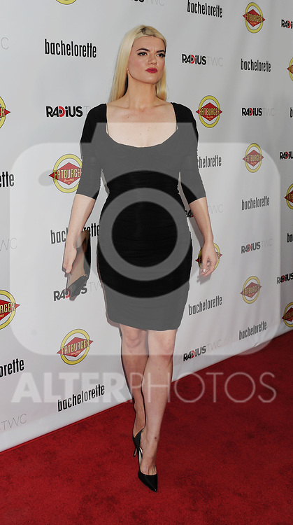 HOLLYWOOD, CA - AUGUST 23: Leslye Headland arrives at the Los Angeles premiere of 'Bachelorette' at the Arclight Hollywood on August 23, 2012 in Hollywood, California. /NortePhoto.com.... **CREDITO*OBLIGATORIO** *No*Venta*A*Terceros*..*No*Sale*So*third* ***No*Se*Permite*Hacer Archivo***No*Sale*So*third*