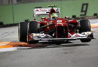 SINGAPURA, SINGAPURA, 21 SETEMBRO 2012 - FORMULA 1 - GP DE SINGAPURA - O piloto brasileiro Felipe Massa da Ferrari durante treino livre nesta sexta-feira, 21, para o GP de Singapura que acontecera no proximo domingo. (FOTO: PIXATHLON / BRAZIL PHOTO PRESS).