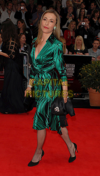 AMANDA DONOHOE.Arrivals at the Pioneer British Academy Television Awards 2006 at the Grosvenor House Hotel, London, UK..May 7th, 2006 .Ref: CAN.BAFTA TV.full length green black dress pattern satin.www.capitalpictures.com.sales@capitalpictures.com.©Capital Pictures