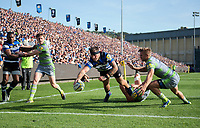 Matt Banahan of Bath Rugby reaches for the try-line. Aviva Premiership match, between Bath Rugby and Newcastle Falcons on September 23, 2017 at the Recreation Ground in Bath, England. Photo by: Patrick Khachfe / Onside Images