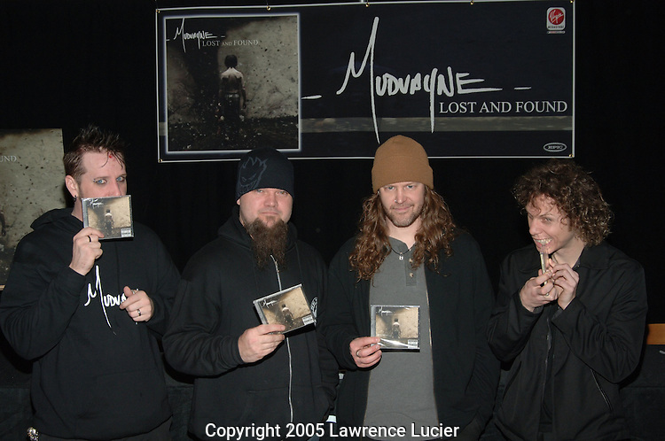 Chad Gray, Greg Tribett, Matt McDonough, Ryan Martinie of Mudvayne