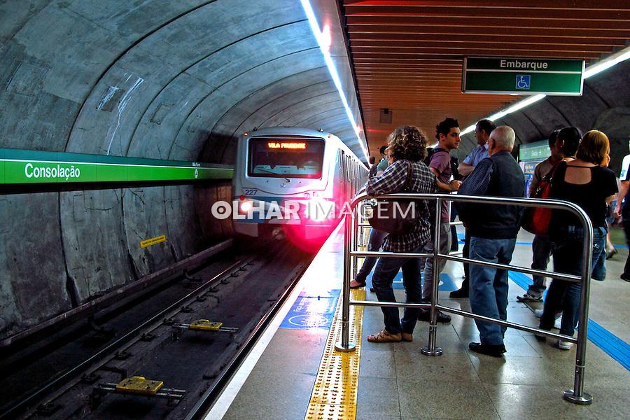 Estaçao do metro em Sao Paulo. 2011. Foto de Juca Martins.