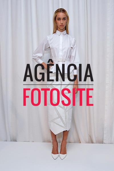 Nova Iorque, EUA &sbquo;09/2014 - Desfile de Jonathan Simkhai durante a Semana de moda de Nova Iorque  -  Verao 2015. <br /> <br /> Foto: FOTOSITE