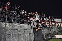 SÃO PAULO, 27.07.2013SP - BRASILEIRÃO 2013/PORTUGUESA X ATLÉTICO PR - ESPORTES -Dellatorre do Atletico PR comemora gol durante a partida entre Portuguesa x Atlético PR, válida pelo Campeonato Brasileiro 2013, no Estádio do Canindé em São Paulo (SP), neste sábado (27)..(Foto: Adriano Lima / Brazil Photo Press).