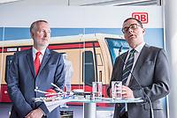 Alexander Kaczmarek (links im Bild), Konzernbevollmaechtigter der DB AG und Peter Buchner (rechts im Bild), Vorsitzender der Geschaeftsfuehrung der S-Bahn stellten am Mittwoch den 18. Juli 2018 die Qualitaetsoffensive der S-Bahn Berlin vor.<br /> Es sollen mehr als 30 Millionen Euro investiert werden um die Infrastruktur zu modernisieren und zusaetzliche Fahrzeugfuehrer ausgebildet werden.<br /> 18.7.2018, Berlin<br /> Copyright: Christian-Ditsch.de<br /> [Inhaltsveraendernde Manipulation des Fotos nur nach ausdruecklicher Genehmigung des Fotografen. Vereinbarungen ueber Abtretung von Persoenlichkeitsrechten/Model Release der abgebildeten Person/Personen liegen nicht vor. NO MODEL RELEASE! Nur fuer Redaktionelle Zwecke. Don't publish without copyright Christian-Ditsch.de, Veroeffentlichung nur mit Fotografennennung, sowie gegen Honorar, MwSt. und Beleg. Konto: I N G - D i B a, IBAN DE58500105175400192269, BIC INGDDEFFXXX, Kontakt: post@christian-ditsch.de<br /> Bei der Bearbeitung der Dateiinformationen darf die Urheberkennzeichnung in den EXIF- und  IPTC-Daten nicht entfernt werden, diese sind in digitalen Medien nach &sect;95c UrhG rechtlich geschuetzt. Der Urhebervermerk wird gemaess &sect;13 UrhG verlangt.]