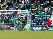 2nd February 2019, Easter Road, Edinburgh, Scotland; Ladbrokes Premiership football, Hibernian versus Aberdeen; Gary Mackay-Steven of Aberdeen makes it 2-1 for Aberdeen