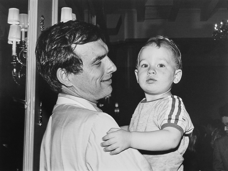 Rep. Pete Visclosky, D-Ind., and son Timothy (18 months) at the chili cook-off on Sep. 16, 1991. (Photo by Laura Patterson/CQ Roll Call via Getty Images)