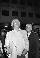 - Marco Pannella, secretary of the Radical Party and Mauro Mellini during a demonstration for the demilitarization of the police in 1976....- Marco Pannella, segretario del Partito Radicale e Mauro Mellini durante una manifestazione per la smilitarizzazione della polizia  nel 1976