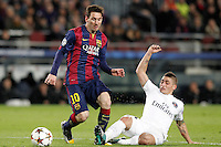 FC Barcelona's Leo Messi (l) and Paris Saint-Germain's Marco Verratti during Champions League 2014/2015 match.December 10,2014. (ALTERPHOTOS/Acero) /NortePhoto