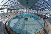 """Europe/France/Bretagne/56/Morbihan/Presqu'île de Rhuys/Port Crouesty: La piscine de l'hôtel """"Miramar"""" (centre de thalossothérapie)"""