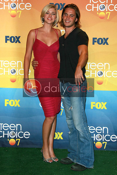 Adrianne Palicki and Taylor Kitsch<br />in the press room of the 2007 Teen Choice Awards. Gibson Amphitheater, Universal City, CA. 08-26-07<br />Dave Edwards/DailyCeleb.com 818-249-4998