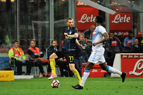 April 30th 2017, San Siro Stadium, Milan, Italy; Antonio Candreva  of Inter competes for the ball with Kalidou Koulibaly of Napoli during the Serie A football match, Inter Milan versus Napoli;