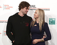 L'attore statunitense Christopher Backus posa con sua moglie l'attrice statunitense Mira Sorvino durante il photocall per la presentazione del film 'Drowning' alla 14^ Festa del Cinema di Roma all'Aufditorium Parco della Musica di Roma, 20 ottobre 2019.<br /> US actors Christopher Backus poses with his wife US actress Mira Sorvino for the photocall to present the movie 'Drowning' during the 14^ Rome Film Fest at Rome's Auditorium, on 20 October 2019.<br /> UPDATE IMAGES PRESS/Isabella Bonotto