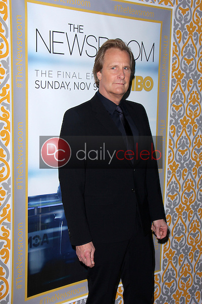 Jeff Daniels<br /> at &quot;The Newsroom&quot; Season 3 Premiere, Directors Guild of America, Los Angeles, CA 11-04-14<br /> David Edwards/DailyCeleb.com 818-249-4998