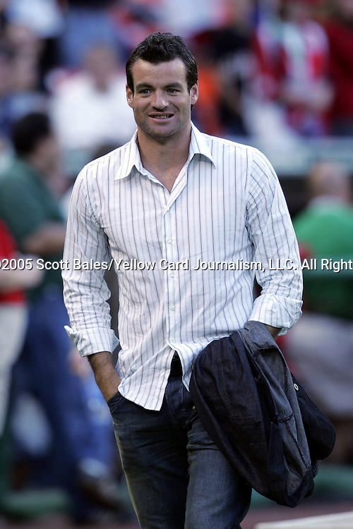21 May 2005: Former DC United Defender Ryan Nelsen, who received his 2004 MLS Championship ring in a pregame presentation. DC United defeated the Kansas City Wizards 3-2 at RFK Stadium in Washington, DC in a regular season Major League Soccer game. .