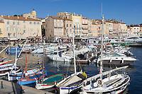 France, Provence-Alpes-Côte d'Azur, Saint-Tropez: View of harbour | Frankreich, Provence-Alpes-Côte d'Azur, Saint-Tropez: der Hafen