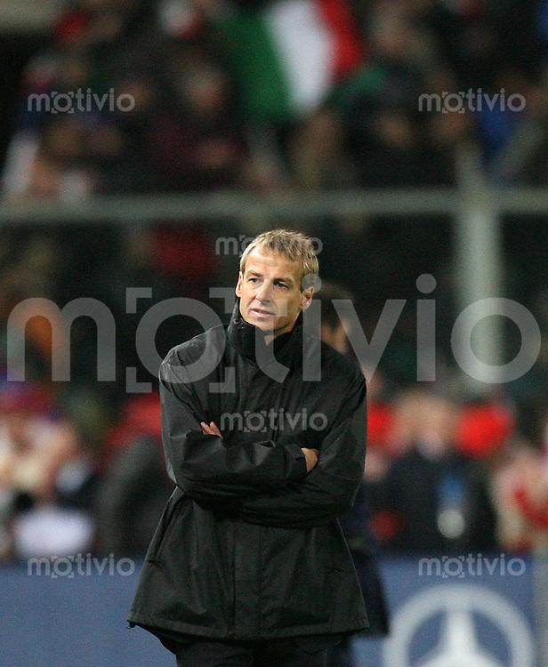 Fussball International Testspiel Italien 4-1 Deutschland Enttaeuschung GER, Bundestrainer Juergen Klinsmann