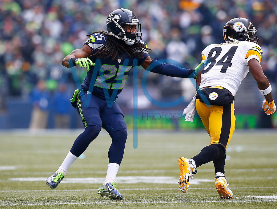 Antonio Brown #84 of the Pittsburgh Steelers is defended by Richard Sherman #25 of the Seattle Seahawks during the game at CenturyLink Field on November 29, 2015 in Seattle, Washington. (Photo by Jared Wickerham/DKPittsburghSports)