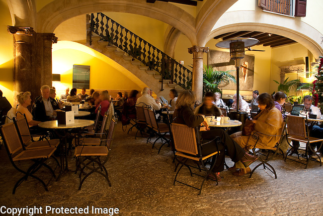 Cappuccino Cafe, Bar and Restaurant, Sant Miguel Street, Palma de Mallorca,  Majorca, Spain