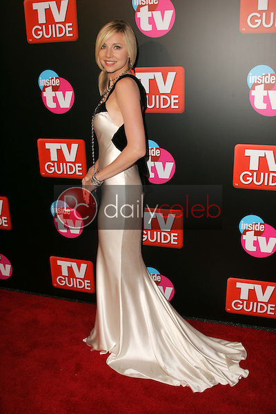 Sarah Chalke<br />at the TV Guide and Inside TV Emmy Awards After Party. Hollywood Roosevelt Hotel, Hollywood, CA 09-18-05<br />Dave Edwards/DailyCeleb.Com 818-249-4998
