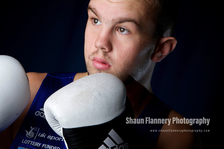 Pix: Shaun Flannery/shaunflanneryphotography.com...COPYRIGHT PICTURE>>SHAUN FLANNERY>01302-570814>>07778315553>>..27th October 2010............GB Boxing, English Institute of Sport, Sheffield..Iain Weaver.