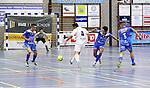2015-10-30/ Voetbal / Seizoen 2015-2016/ Malle Beerse- Futsal Topsport Antwerpen / foto mpics.be / Umut Aktepe met een schot op doel voor Malle.