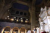 Il Primo Ministro israeliano Benjamin Netanyahu parla durante un incontro con la Comunita' Ebraica romana nel Tempio Maggiore, Roma, 1 dicembre 2013.<br /> Israeli Prime Minister Benjamin Netanyahu speaks during a meeting with the Roman Jewish Community at the Great Synagogue, Rome, 1 December 2013.<br /> UPDATE IMAGES PRESS/Isabella Bonotto