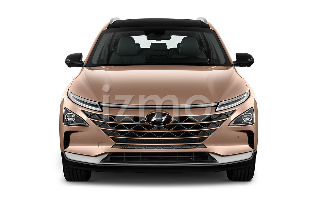 Car photography straight front view of a 2019 Hyundai Nexo Limited 5 Door SUV Front View