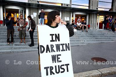 Genève, le 25.05.2010.Conférence créationiste, Harun Yahya, qui dénoncent la théorie de l'évolution..© Le Courrier / J.-P. Di Silvestro