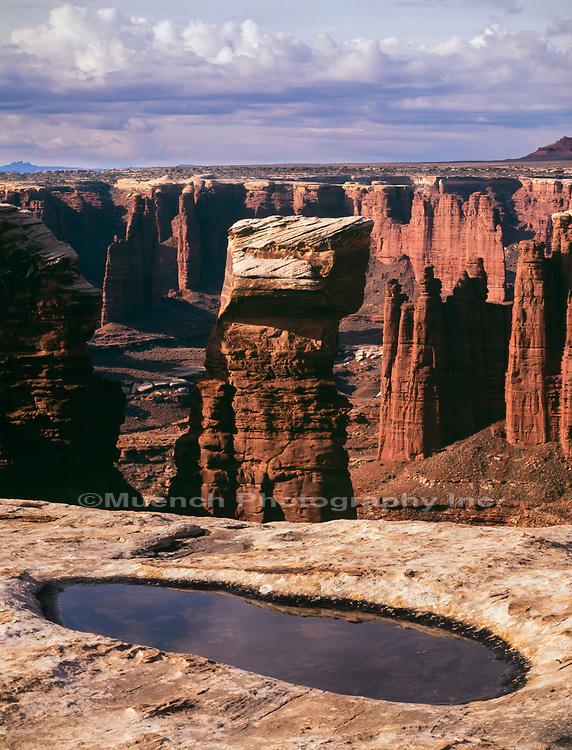 Monument Basin,White Rim Trail,Canyonlands National Park,Utah