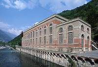 - AEM (Municipal Energetic Company of Milan) hydroelectric power station of Grosotto, of 1910 year....- centrale  idroelettrica AEM (Azienda Energetica Municipale di Milano) di Grosotto, risalente al 1910(Sondrio, Valtellina)