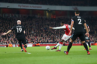 Danny Welbeck of Arsenal has a shot on goal during the Carabao Cup Quarter Final match between Arsenal and West Ham United at Emirates Stadium on December 19th 2017 in London, England. <br /> Premier League 2017/2018 <br /> Foto Panoramic / Insidefoto