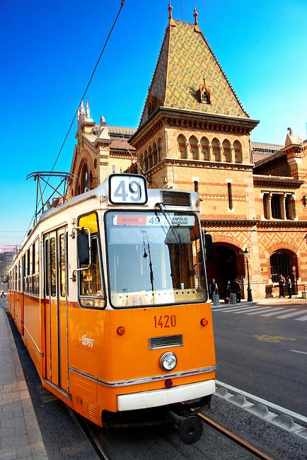 Exterior of the Great Market Hall ( Nagycsarnok) , F?vám Tér, Budapest, Hungary