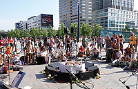 Nederland  Rotterdam - juni 2018.  Unite in Babylon Holland. The Circle.  Worldwide synchronized Circles of Sound in the heart of the cities.    Foto Berlinda van Dam / Hollandse Hoogte
