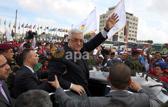 Palestinian President Mahmoud Abbas attends a rally by local school children supporting the Palestinian bid to join the United Nations in the West Bank city of Ramallah October 1, 2011. A U.N. Security Council panel on admitting new members to the United Nations met on Friday for the first time on the Palestinian bid to join the world body as Palestinians lobbied council members for support. Photo by Issam Rimawi