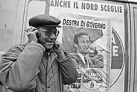 - Milan, demonstration of Forza Italia party in support to government Berlusconi (November 1994) ..- Milano manifestazione del partito Forza Italia in sostegno al governo Berlusconi (novembre 1994)