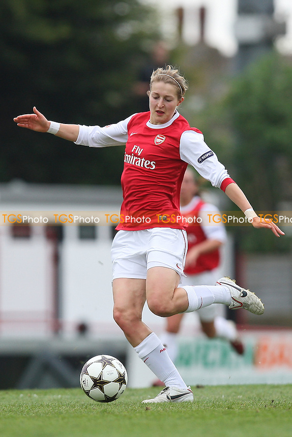 Ellen White of Arsenal - Arsenal Ladies vs Olympique Lyonnais - UEFA Women's Champions League Semi-Final 2nd Leg at Boreham Wood FC - 16/04/11 - MANDATORY CREDIT: Gavin Ellis/TGSPHOTO - Self billing applies where appropriate - Tel: 0845 094 6026