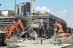 La trasformazione della Città in vista delle Olimpiadi 2006. Abbattimento della soprelevata di Corso Mortara