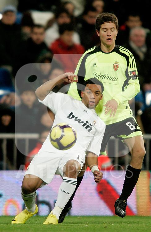 Real Madrid's Marcelo in duel during La Liga match, December 19, 2009. (ALTERPHOTOS/Alvaro Hernandez).