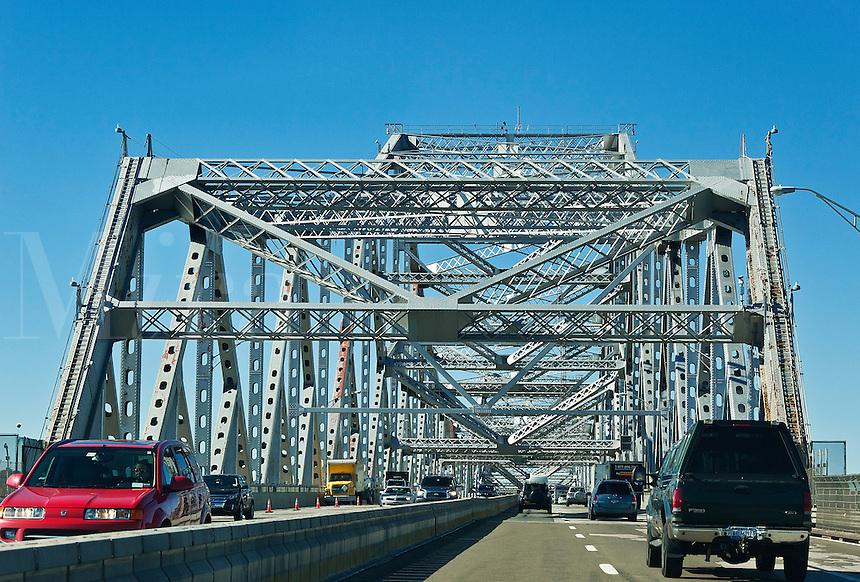 Tappan Zee Bridge crosses the Hudson River connecting Nyack with Tarrytown, New York, USA