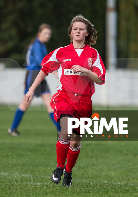 Jemma White of Flackwell Heath during the Thames Valley Counties Women's Football League (TVCWFL) match between Flackwell Heath Ladies and Laurel Park Vipers at Wilks Park, Blackwell Heath, England on 11 October 2015. Photo by Andy Rowland.