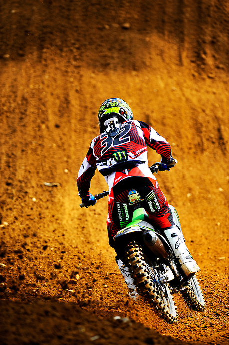 Jake Weimer kicks up dirt as he pursues the lead riders during the Lucas Oil AMA Pro Motocross at Budds Creek National in Mechanicsville, Maryland on Saturday, June 18, 2011. Alan P. Santos/DC Sports Box