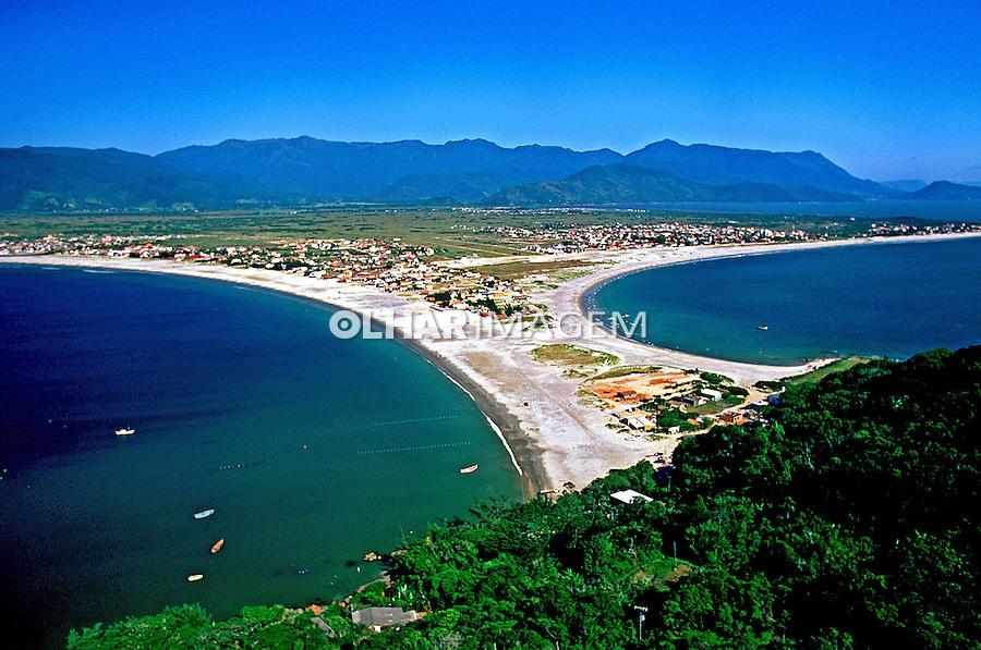 Praia do Sonho, Praia Pinheira e Serra do Tabuleiro. Santa Catarina. 1997. Foto de Marcos Issa.