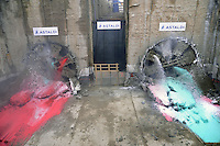 """- Milan, yard for construction of new subway line number 5, ...the """"mechanical mole"""" breaks the last screen undert he new building compound City Life....- Milano cantiere per la costruzione della nuova linea 5 della Metropolitana, la """"talpa meccanica"""" sfonda l'utimo diaframma sotto il nuovo complesso edilizio di CityLife"""