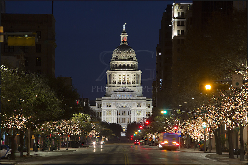 Did you know the Texas State Capitol is the 2nd tallest capitol building in the United States? The only one higher is our nation's capitol in Washington D.C.<br />