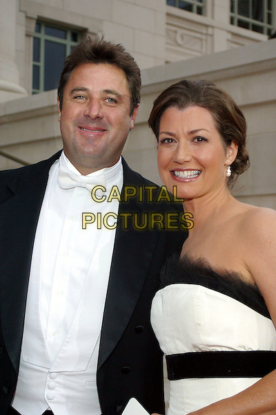 VINCE GILL & AMY GRANT.Red Carpet Gala for the Grand Opening of the Schermerhorn Symphony Hall, Nashville, Tennessee, USA..September 9th, 2006 .Ref: ADM/RR.half length strapless black white.www.capitalpictures.com.sales@capitalpictures.com.©AdMedia/Capital Pictures.