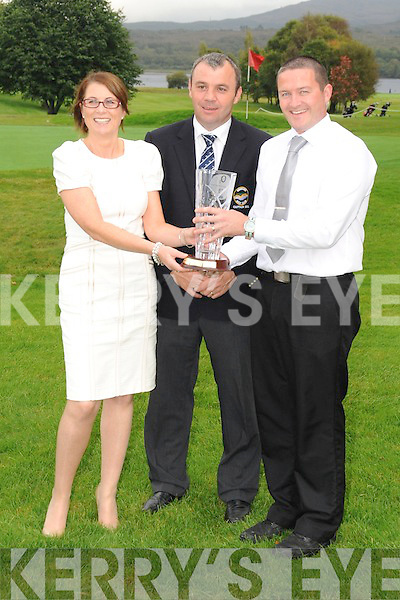 PIC SHOWS  NOREEN ALLEN PRESENTING CAPTAINS PRIZE TO  JAMES MURPHY, ALSO IN PIC JONNY ALLEN CLUB C CAPTAIN KENMARE GOLF CLUB.