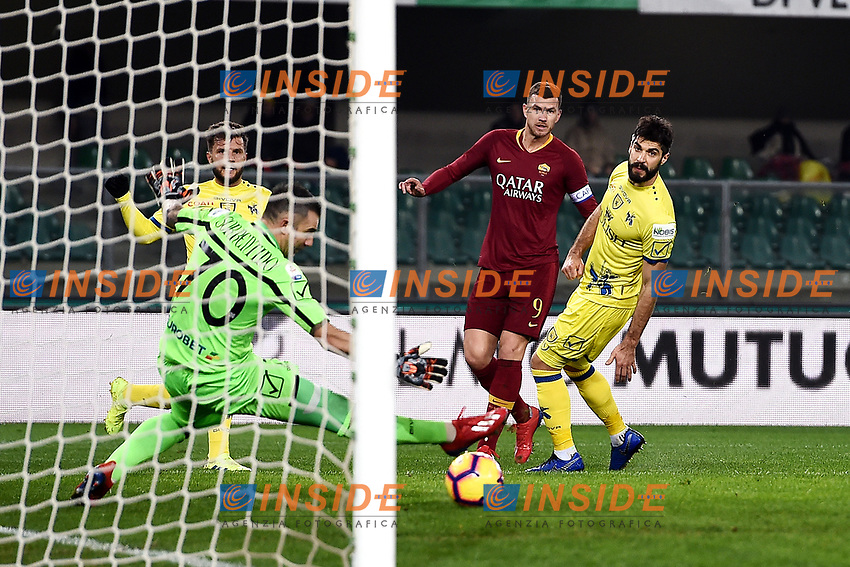 Edin Dzeko of AS Roma scores goal of 0-2 <br /> Verona 8-2-2019 Stadio Bentegodi Football Serie A 2018/2019 Chievo Verona - AS Roma <br /> Foto Andrea Staccioli / Insidefoto